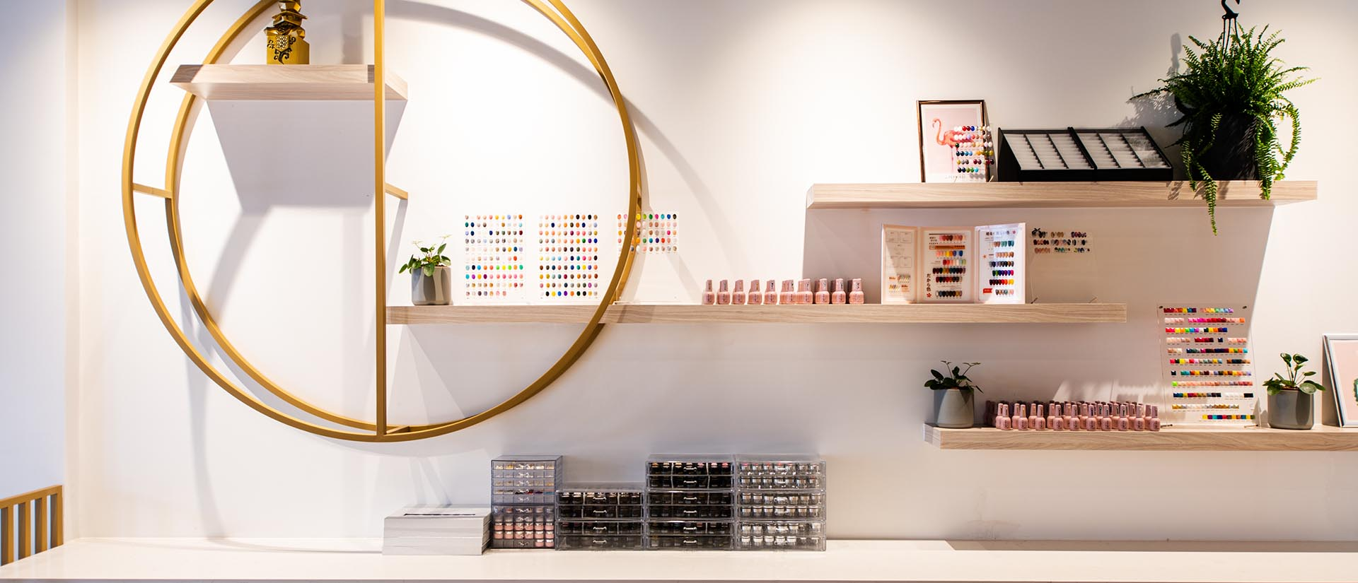 Projects-Retail_Hikari Beauty 4
